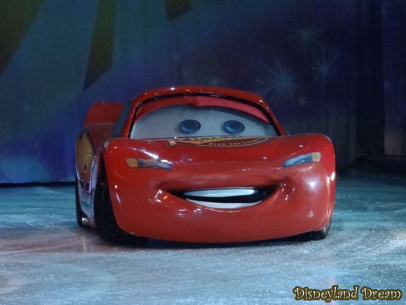 Pixar Planet Disney On ice glace mondes enchantés