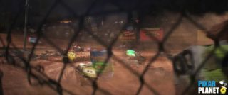 camion pizza planet truck clin oeil easter egg disney pixar cars 3