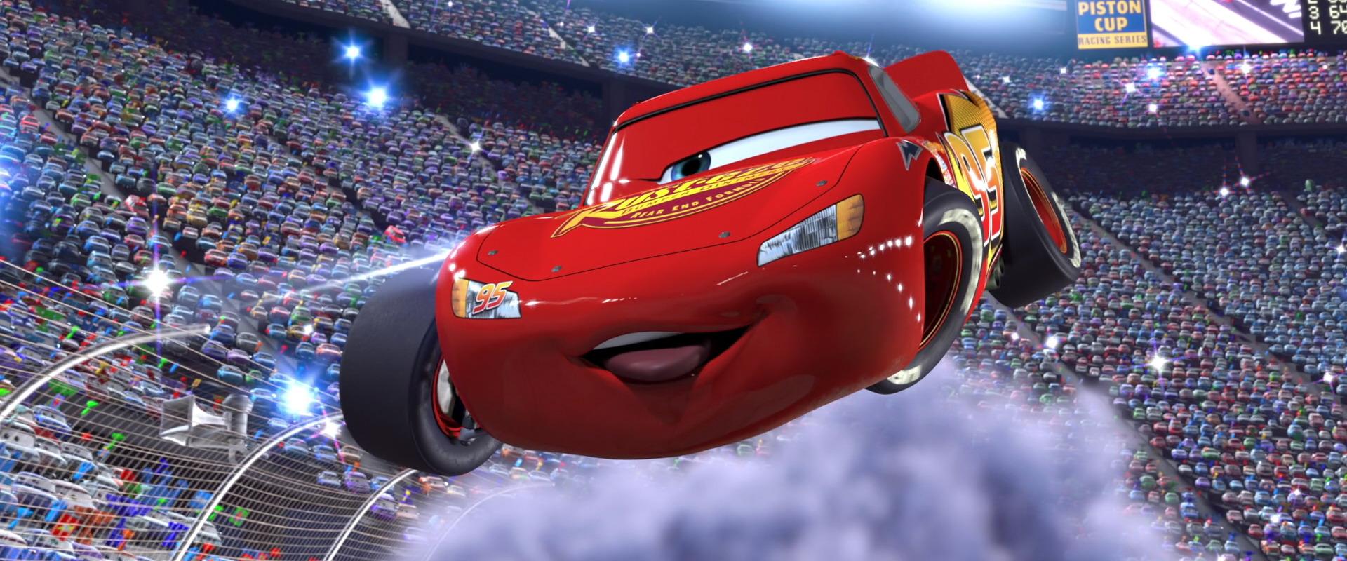Lightning mcqueen character from cars pixar planet fr - Image de flash mcqueen ...