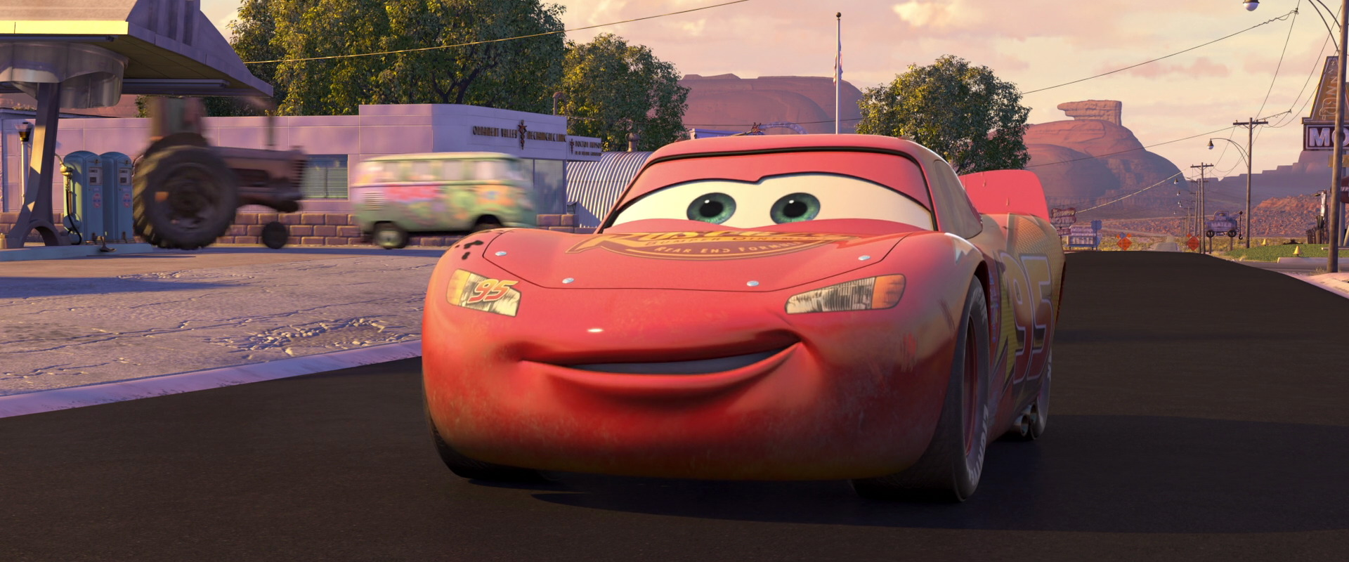 when mcqueen realises he will not be done in time he gets a move on to finish paving the road but it turns out looking even worse than it did before - Mcqueen Flash Mcqueen