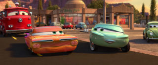 flo personnage character pixar disney cars 2