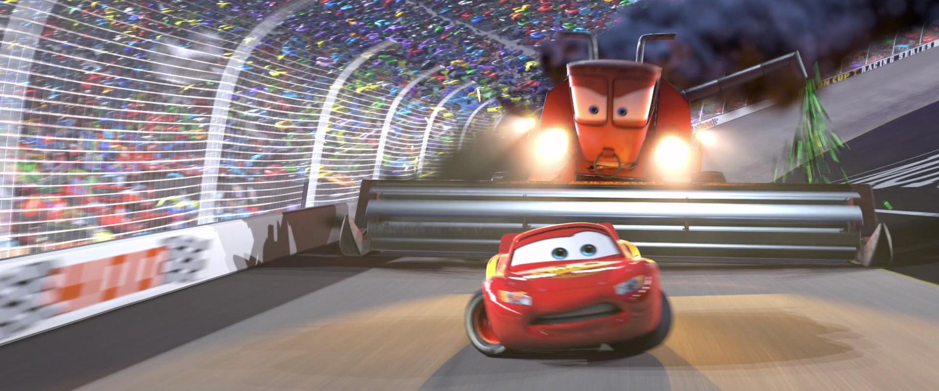 frank personnage dans cars pixar planet fr. Black Bedroom Furniture Sets. Home Design Ideas