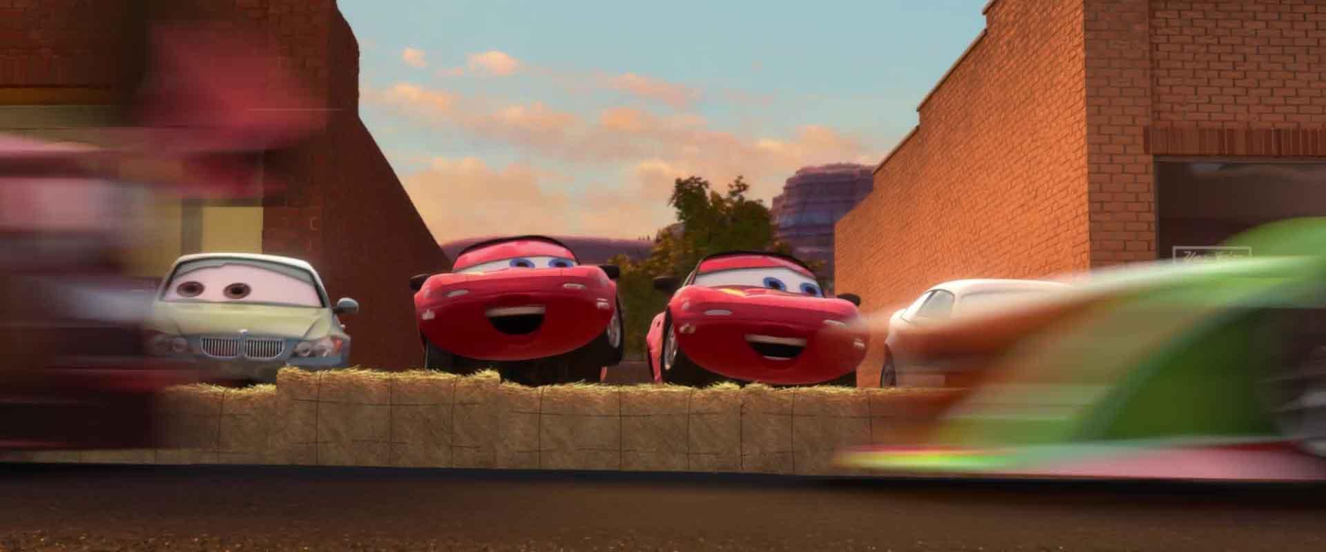 Mia Et Tia Personnages Dans Cars Pixar Planet Fr