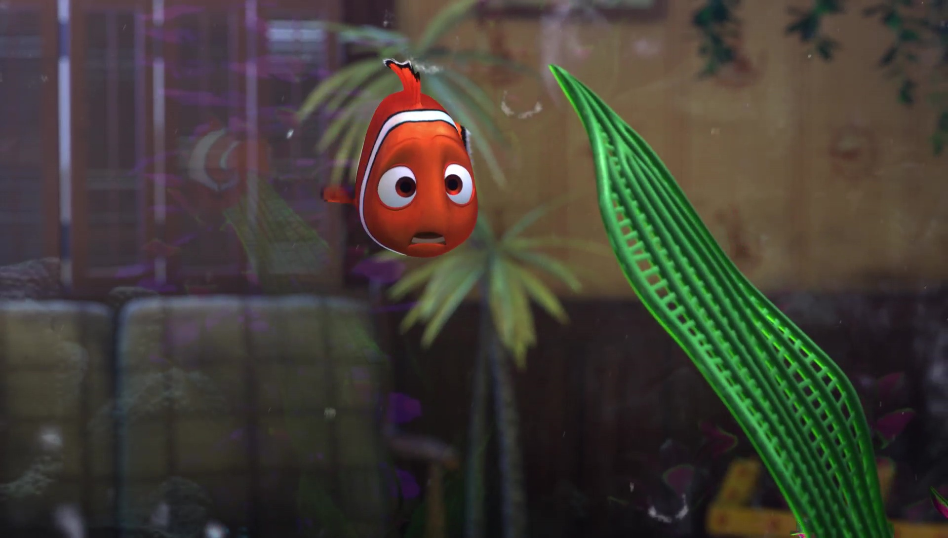 Fish tank nemo - Gill Sees In Him The Way To Get Away For Good Slip Into The Filter To Jam It And Therefore Dirty The Fish Tank Nemo At First Fails In His First Attempt