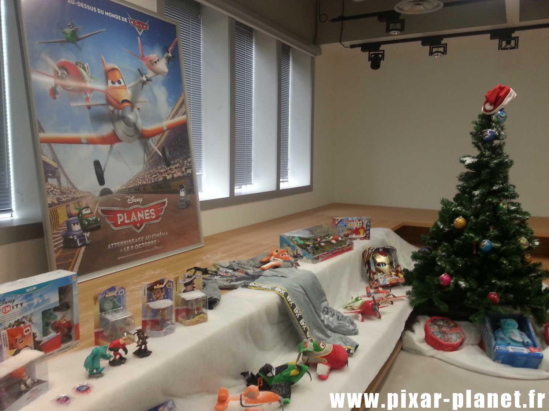 Français) Les produits Noël du Disney Store et nouveau site en ligne ...