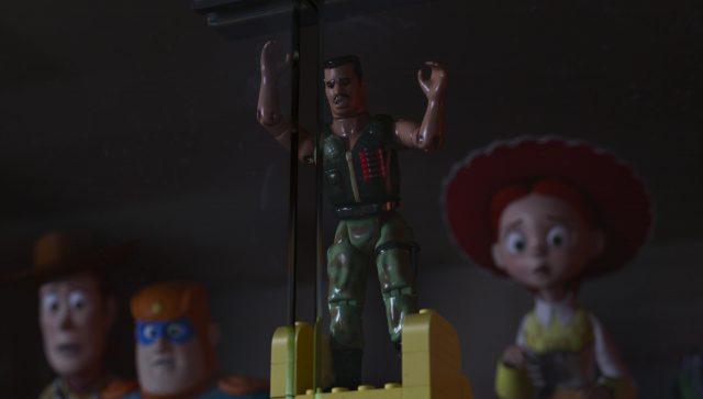 commando carl junior personnage character toy story angoisse motel terror disney pixar