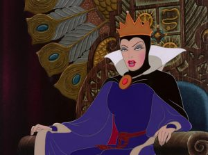 reine queen sorciere witch grimhilde disney personnage character blanche-neige sept nains snow white seven dwarfs