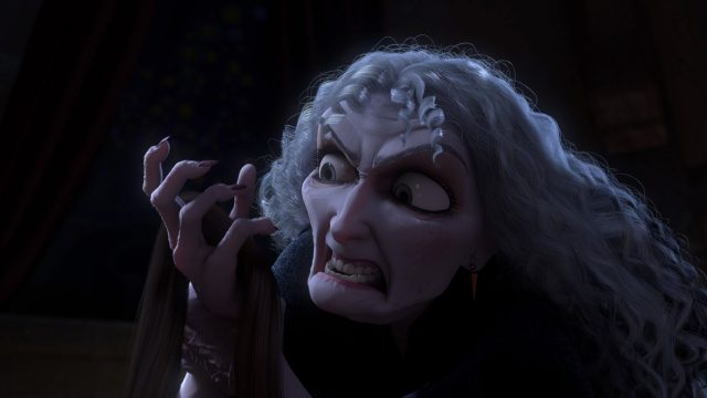 Mère Gotherl Mother Personnage Raiponce Disney Character Tangled
