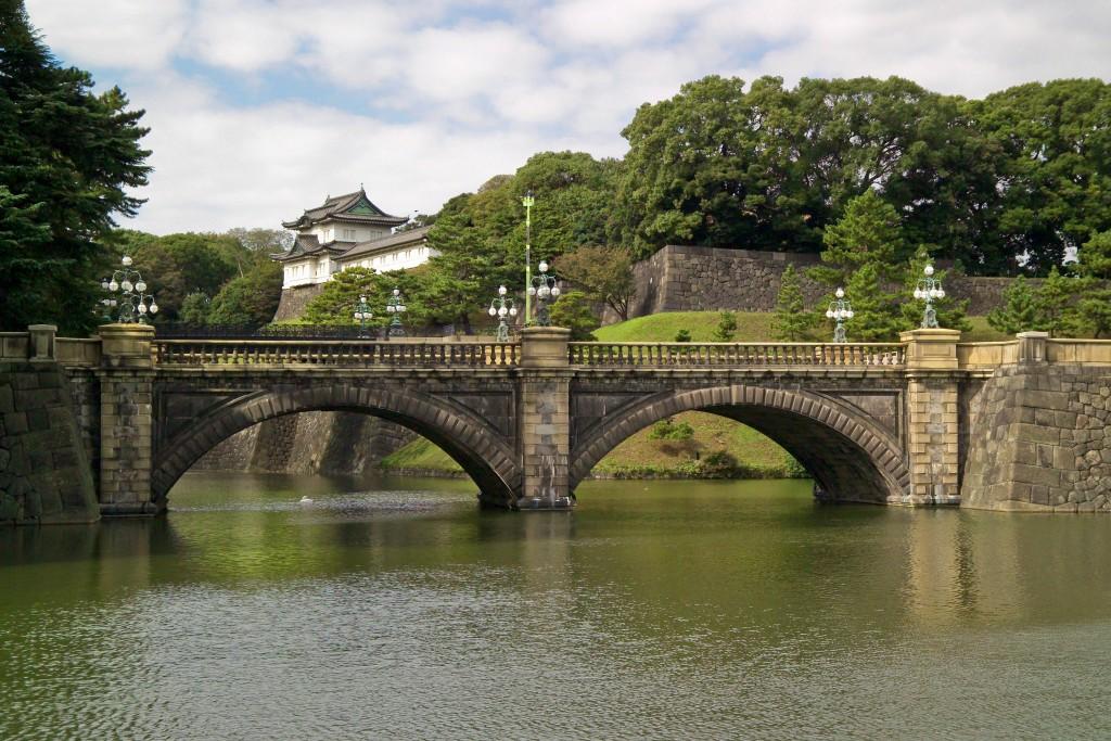 pixar disney cars carisation tokyo imperial palace