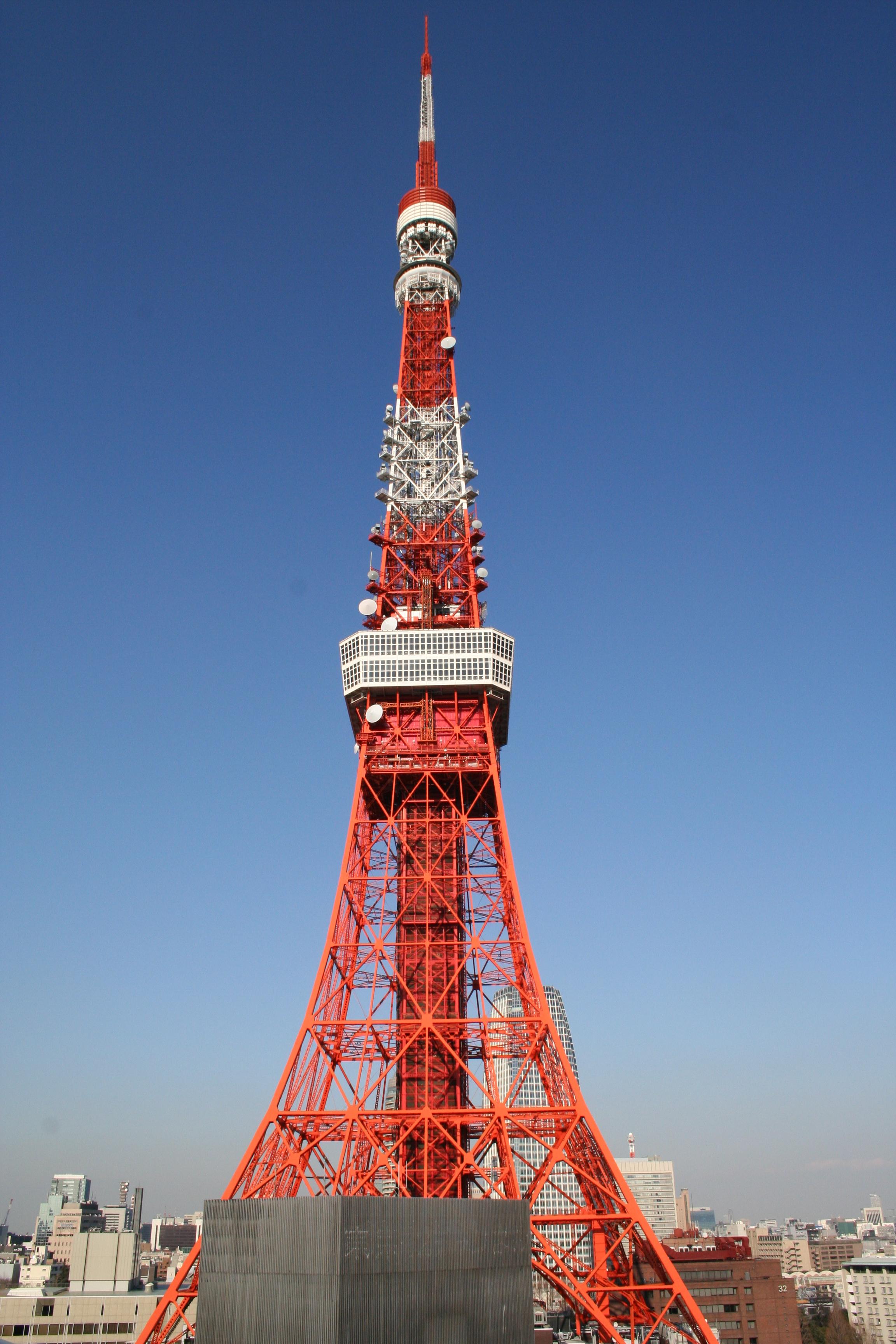 pixar disney cars carisation tour de tokyo