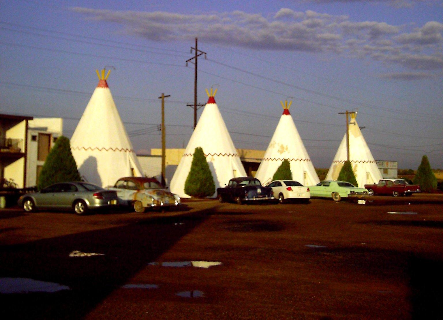 pixar disney cars carisation wigwam motel