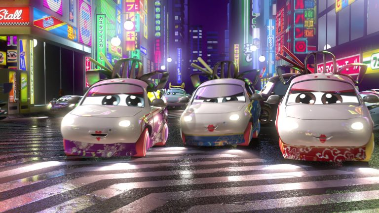 """Geishas, personnages dans """"Cars Toon : Tokyo Martin""""."""