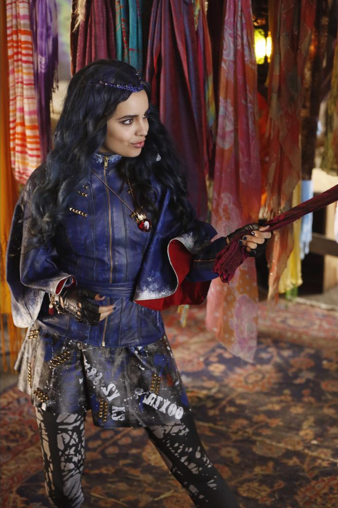 disney personnage character descendants evie