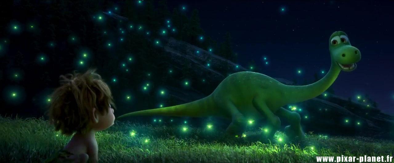 Pixar disney voyage arlo good dinosaur