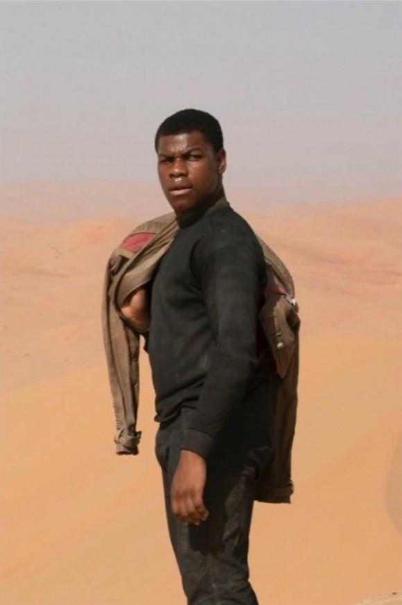 Finn désert Jakku
