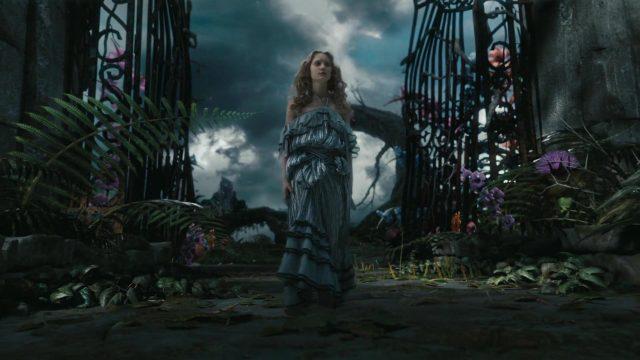 alice kingsleigh personnage character alice au pays des merveilles in wonderland