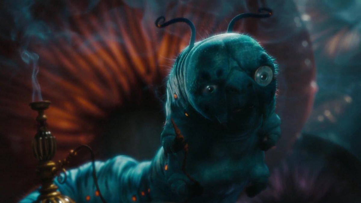absolem chenille bleue caterpillar blue disney personnage character alice au pays des merveilles in wonderland
