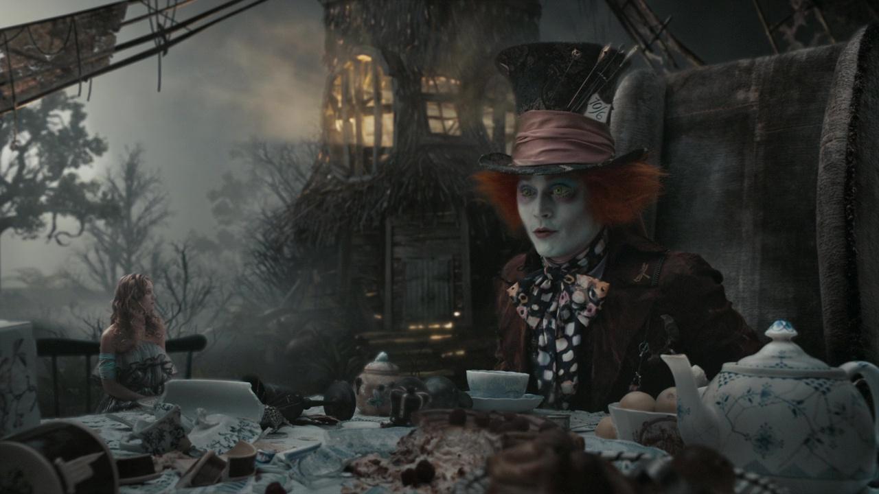 faux raccords disney alice au pays des merveilles film 2010 tim burton
