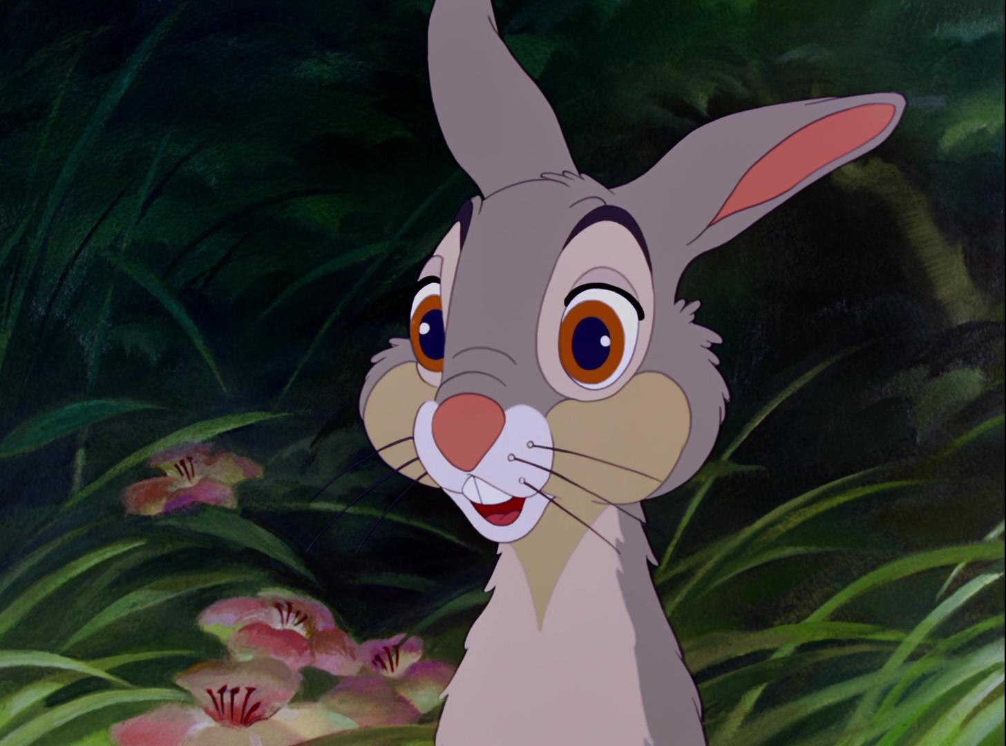 """Disegno Tsum Tsum Stitch Personaggio Cartone Animato Da: Panpan, Personnage Dans """"Bambi""""."""