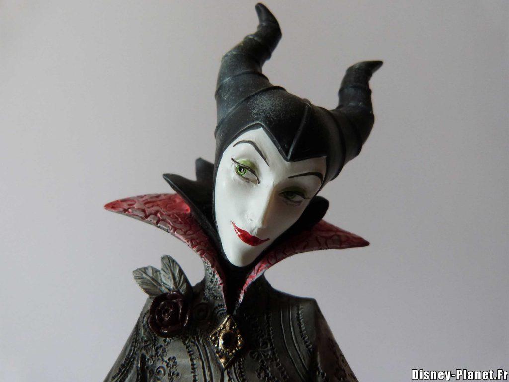 disney showcase enesco maleficent couture de force figurine malefique
