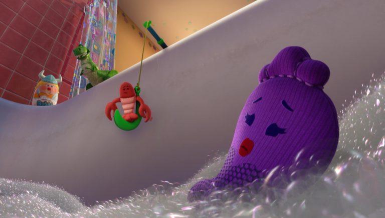 """La femme du homard, personnage dans """"Toy Story Toons : Rex, le roi de la fête""""."""
