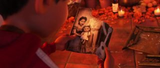 imelda personnage character pixar disney coco