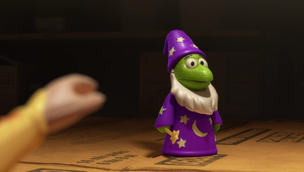 lezard enchanteur    personnage character pixar disney toy story toons mini buzz small fry