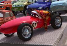 mama bernoulli personnage character pixar disney cars 2