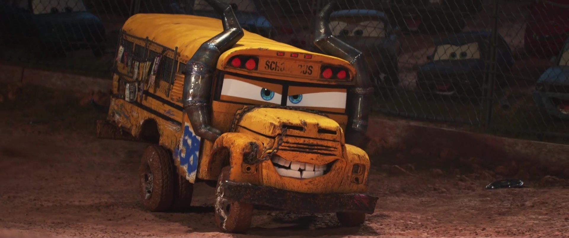 miss-fritter-personnage-cars-3-02
