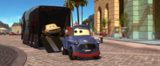 victor hugo  personnage character pixar disney cars 2