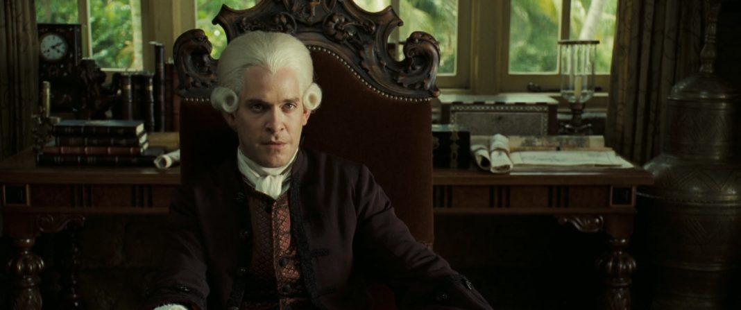 cutler beckett personnage character pirate caraibes secret coffre maudit dead man chest disney