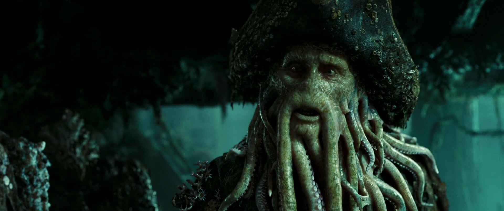 davy jones personnage dans des cara 239 bes le secret du coffre maudit disney planet