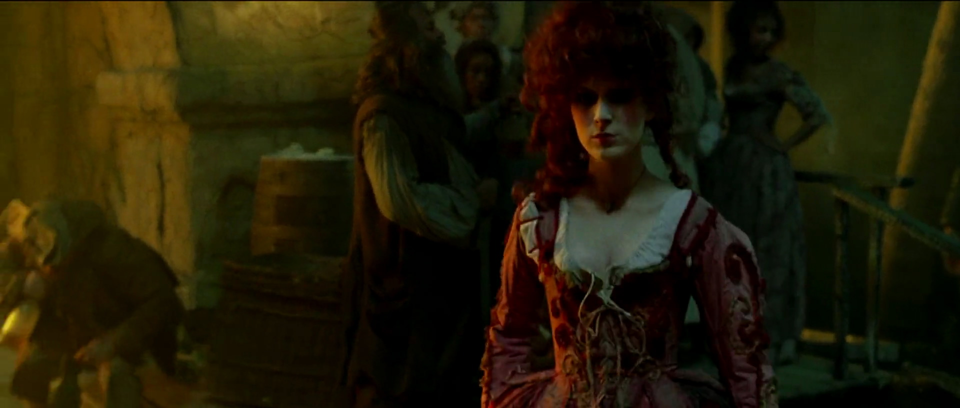 scarlett personnage pirate caraibes malediction black pearl disney character caribbean curse
