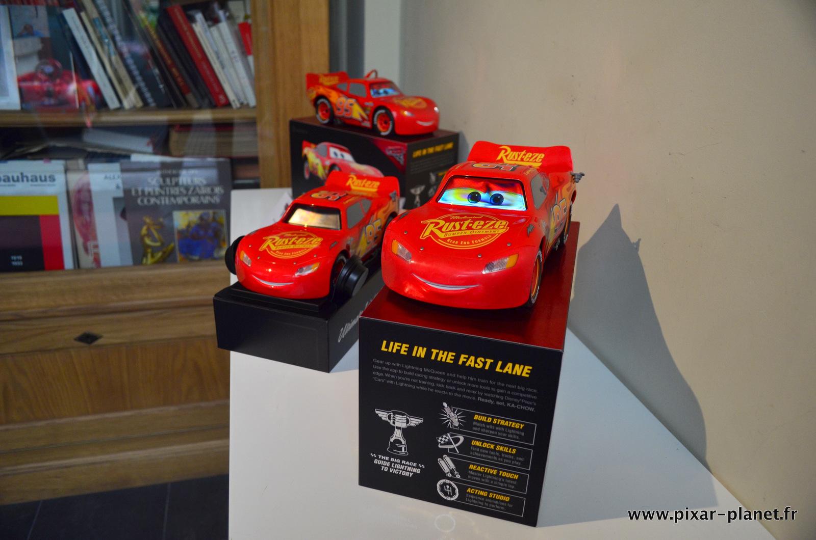 cars 3 les produits d riv s d barquent pixar. Black Bedroom Furniture Sets. Home Design Ideas