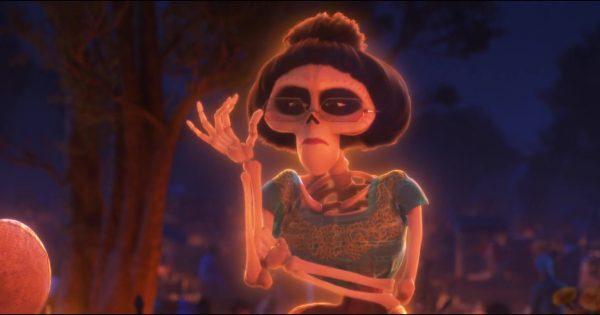 Victoria personnage dans Coco Pixar Planet Fr