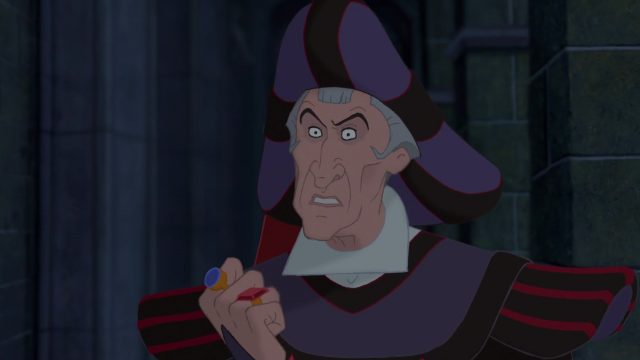 frollo claude    personnage bossu notre-dame disney character hunchback