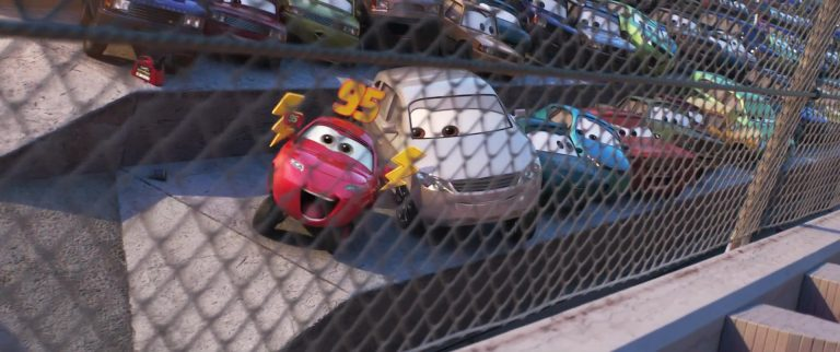 """Mère de Maddy McGear, personnage dans """"Cars 3""""."""