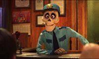 agent arrivee arrivals personnage character coco disney pixar