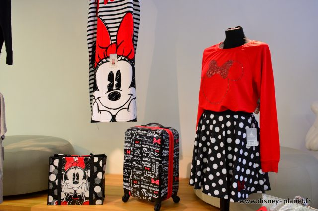 Disney Store Minnie rocks the dots articles