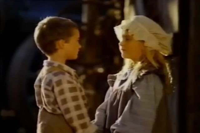 Image christmas visitor miracle down under bushfire moon disney channel
