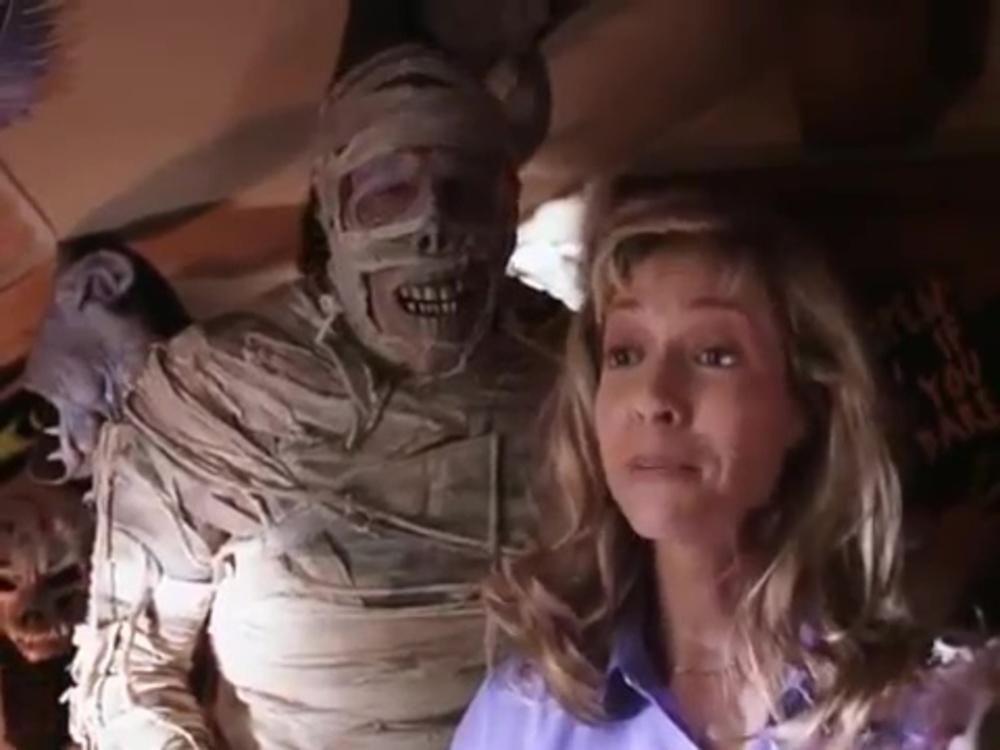 Image momie halloween under wraps disney channel