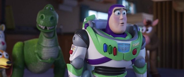 buzz eclair lightyear personnage character toy story 4 disney pixar