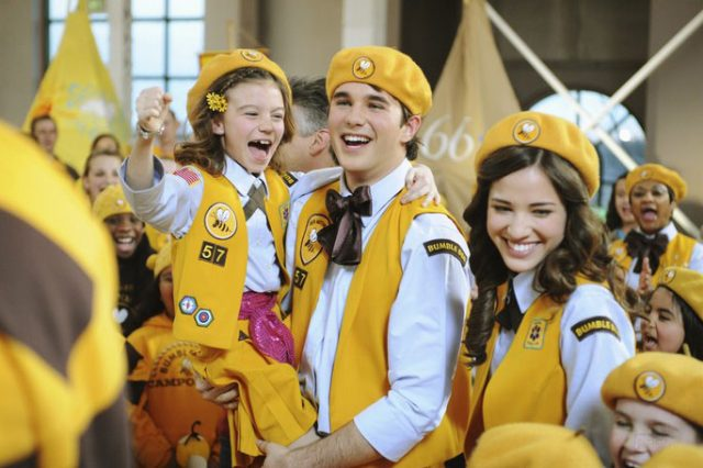 image bienvenue scout den brother disney channel