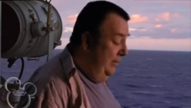 image père pas comme autres tiger cruise disney channel