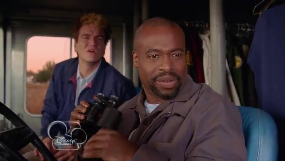 image sos daddy dadnapped disney channel