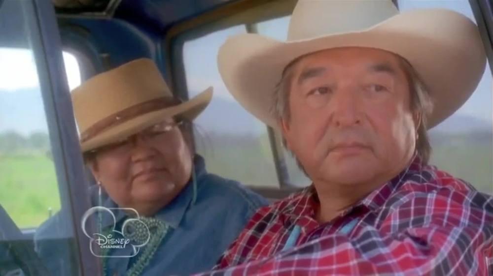 image terre sacrée bison dreams buffalo disney channel