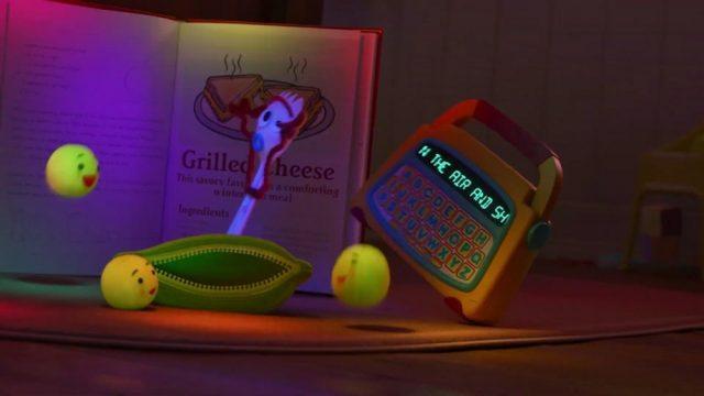 image fourchette question forky lire reading disney pixar