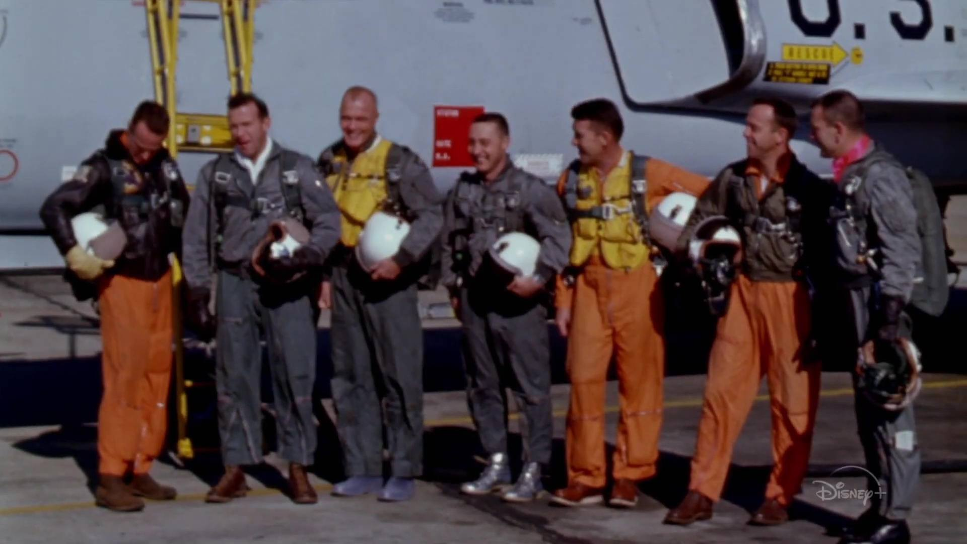 image derriere etoffe heros real right stuff disney