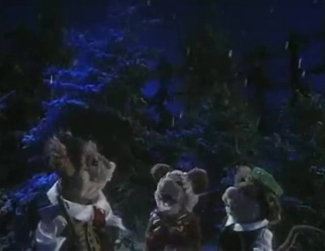 image willowby christmas tree disney muppets