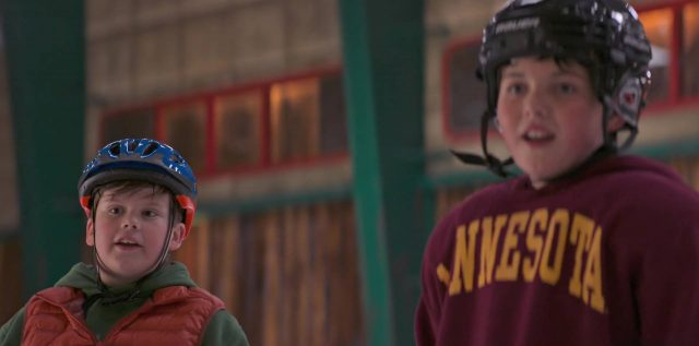 image petits champions game changers mighty ducks disney